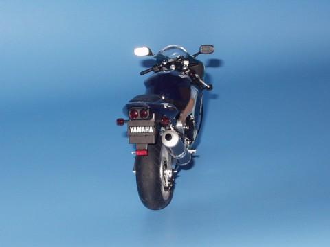Yamaha YZF-R1